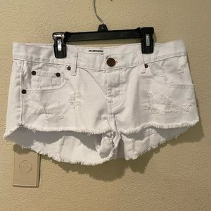 one teaspoon white bonitas distressed jean shorts